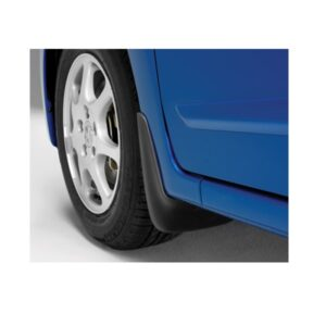 Honda FR-V front mudflaps. Genuine Honda part supplied. Honda part number 08P08SJD600. Contact Honda Parts Direct if you require further details on this product.